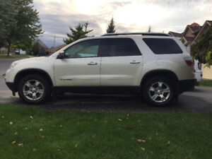 2008 GMC Acadia - certified and e -tested, very clean