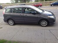 2008 Mazda5 6 passagers 4 cylindres