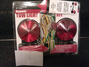 towing magnetic  lights or trailer lights new in box