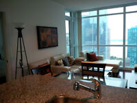 2 Bed + Den Modern Furnished Suite next Union and Harbour