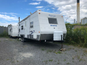 SALE 2006 RIVERSIDE 27ft WITH BUNKS $6,900