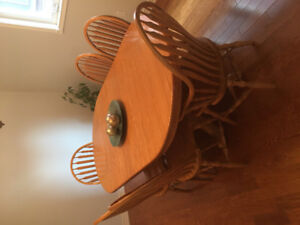 Solid Oak Wood Dining Table.  Handcrafted by Mennonites. $500