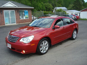 2010 Chrysler Sebring Limited - 3.5L V6 - Loaded - Nice!!