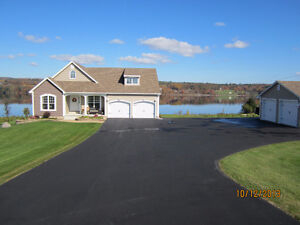 Waterfront Home, Gorgeous View & River Access