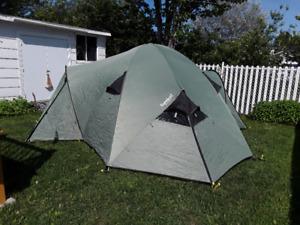 Tente camping familiale Eureka 1610