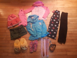Lot of girls clothes size 5/6