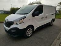 00163c2b08 64 Renault Trafic 1.6dCi Low Roof Van 2015MY SL27 115 Business