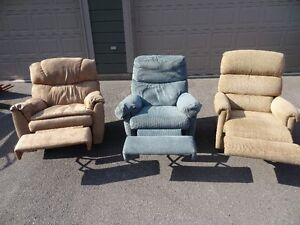 3 Fully Reclining Rocking Chairs Peterborough Peterborough Area image 2