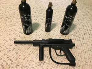 Paintball Gun and CO2 Canisters