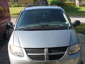 2006 Dodge Caravan Minivan, Van London Ontario image 1