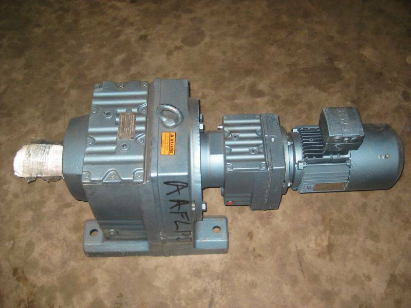 Sew Eurodrive R107R77D 2 HP Ratio:284 Gear Reducer NEW