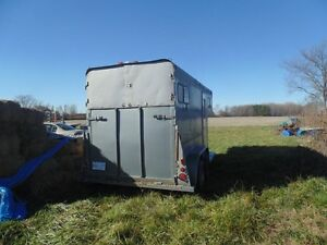 2 HORSE 1998 KETTLE CREEK GOOSENECK TRAILER SELL OR TRADE London Ontario image 7