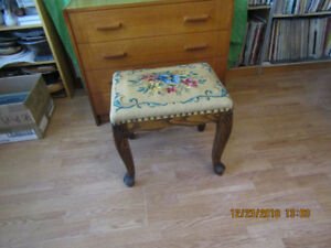 VINTAGE FOOT STOOL-TABOURET WITH NEEDLE POINT UPHOLSTERY