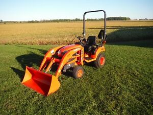 2013 Kubota BX1870 18HP Tractor/Loader/Front Snowblower,160 HRS