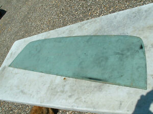 1970-71 FORD RANCHARO FACTORY SUNX TINTED REAR GLASS, BOX COVER