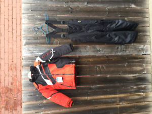 Obermeyer Winter set, Spyder, Mountain Hard Wear, MEC, Kway.
