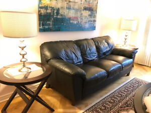 Black Leather Sofa (Pick up only)
