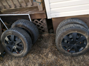 P205/65r16 studded tires on rims