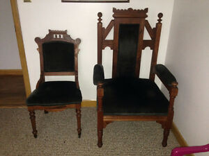 Antique Oak Chairs - The King and Queen