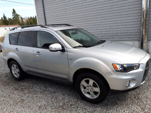 Beautiful One Owner 2011 Mitsubishi Outlander