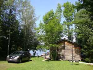 May Long Wk End -Lakefront Cottage