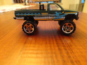 Matchbox Chevy K-1500 River Outfitters Pickup Truck