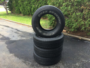 4 PNEUS TOYO OPEN COUNTRY 245-75R16