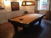 Heirloom by Brunswick Pool Table and light $800 OBO