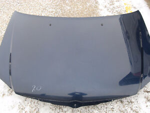 2003-2007 Chrysler Pacifica Hood