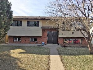 beautiful 5 bedroom house for rent in peace river ab