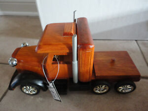 Brand new in box decorative wooden large truck storage London Ontario image 6