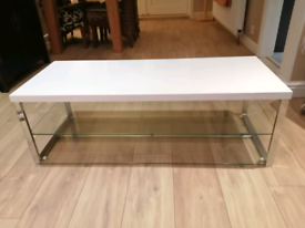 White TV Stand/Table