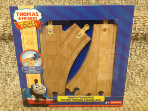 New! Thomas and friends wooden railway switch track pack