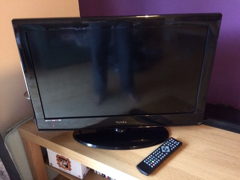 technika 26 56d 26 lcd tv dvd combi hd ready with freeview in norwich norfolk gumtree. Black Bedroom Furniture Sets. Home Design Ideas