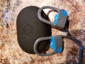 Powerbeats 3 headphones by Dre