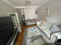 5 Bedroom House in Forest Gate