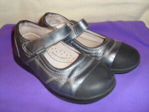 Pediped Flex size 30 Silver Mary Jane Style