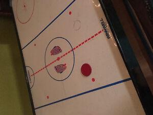 Air hockey table Kingston Kingston Area image 2