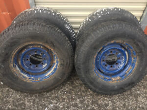 4winter tires savana&express+rims LT245/75R16