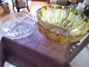 2 Gorgeous glass bowls - pin wheel and yellow etched glass