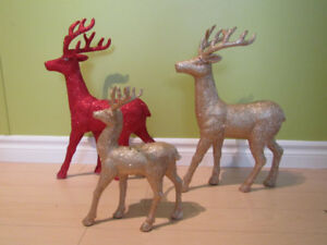 Holiday Christmas Gold & Red Deer's