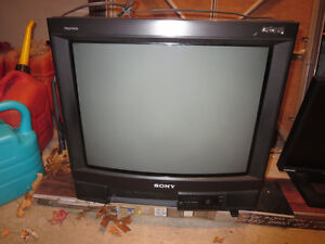 "Sony Trinitron 21"" colour TV"