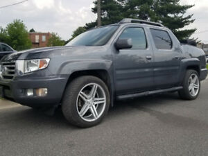 "2013 Honda Ridgeline VP 4x4 Pick-Up – 20"" WHEELS!  SAFETIED!!"