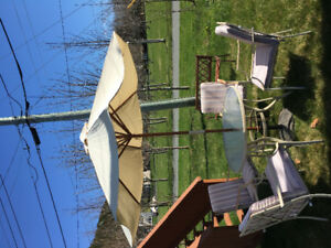 4 chair patio set with umbrella and base