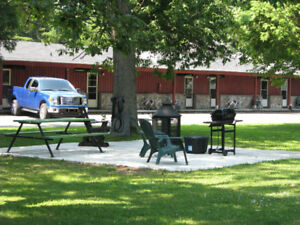 St-Laurent river side Motel,Chalet,Suit,Rooms with swimming pool