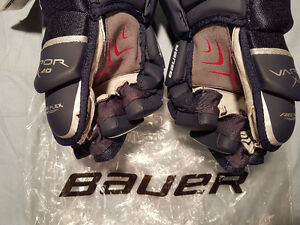 "Brand New With Tags Bauer Vapor X:40 Navy Hockey Gloves 13"" Windsor Region Ontario image 3"