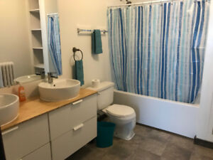 AVAILABLE - CENTRAL HALIFAX 2 BED + DEN APARTMENT- INCL HEAT!