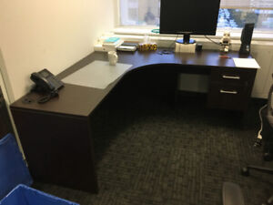 TAYCO BROWN L-SHAPED WORKSTATION/DESK (3 AVAILABLE)