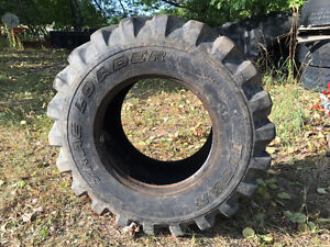 15 x 19.5 R4 Titan Industrial Tire