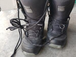 Burton Hail Snowboard boots size 42.5 (9)
